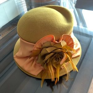 Accessories - 🆕🔥Very Fancy Hat - Wool Yellow/Green -With Tags